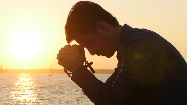 Nella nostra fede nel Signore, possiamo entrare nel Regno dei Cieli grazie al fatto che ci vengono perdonati i peccati?