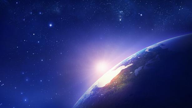 3. В каких аспектах главным образом раскрываются Божье всемогущество и мудрость?